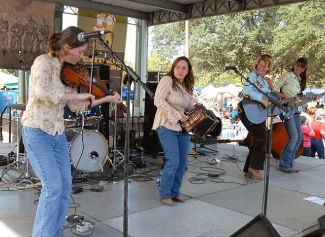 Bonsoir, Catin onstage at Festivals Acadiens. From left: Anya Burgess, Kristie   Guillory, Christine Balfa and Yvette Landry.